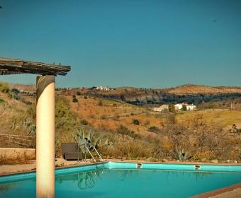 Boutique Hotel Residencia Fundador Pool mit Weitblick in die herrlich ursprüngliche Landschaft
